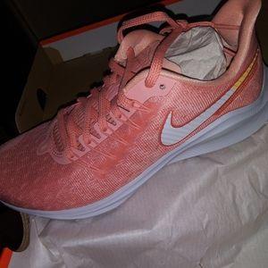 Nike zoom vermno 14